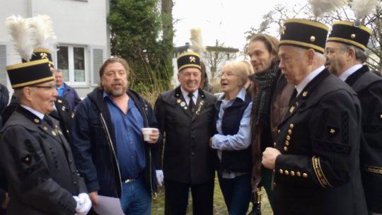 2014: Elli Altegoer singt zusammen u.a. mit Armin Rohde und dem BKV Glückauf Gerthe das Steigerlied