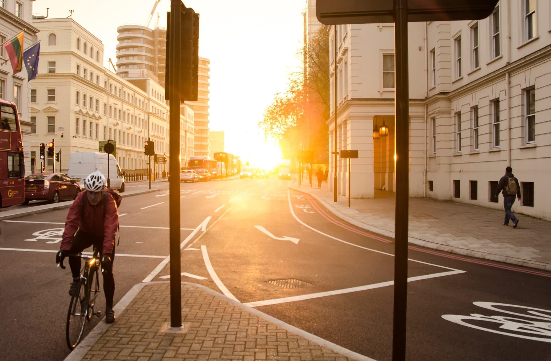 Symbolbild: Radverkehr in einer Stadt