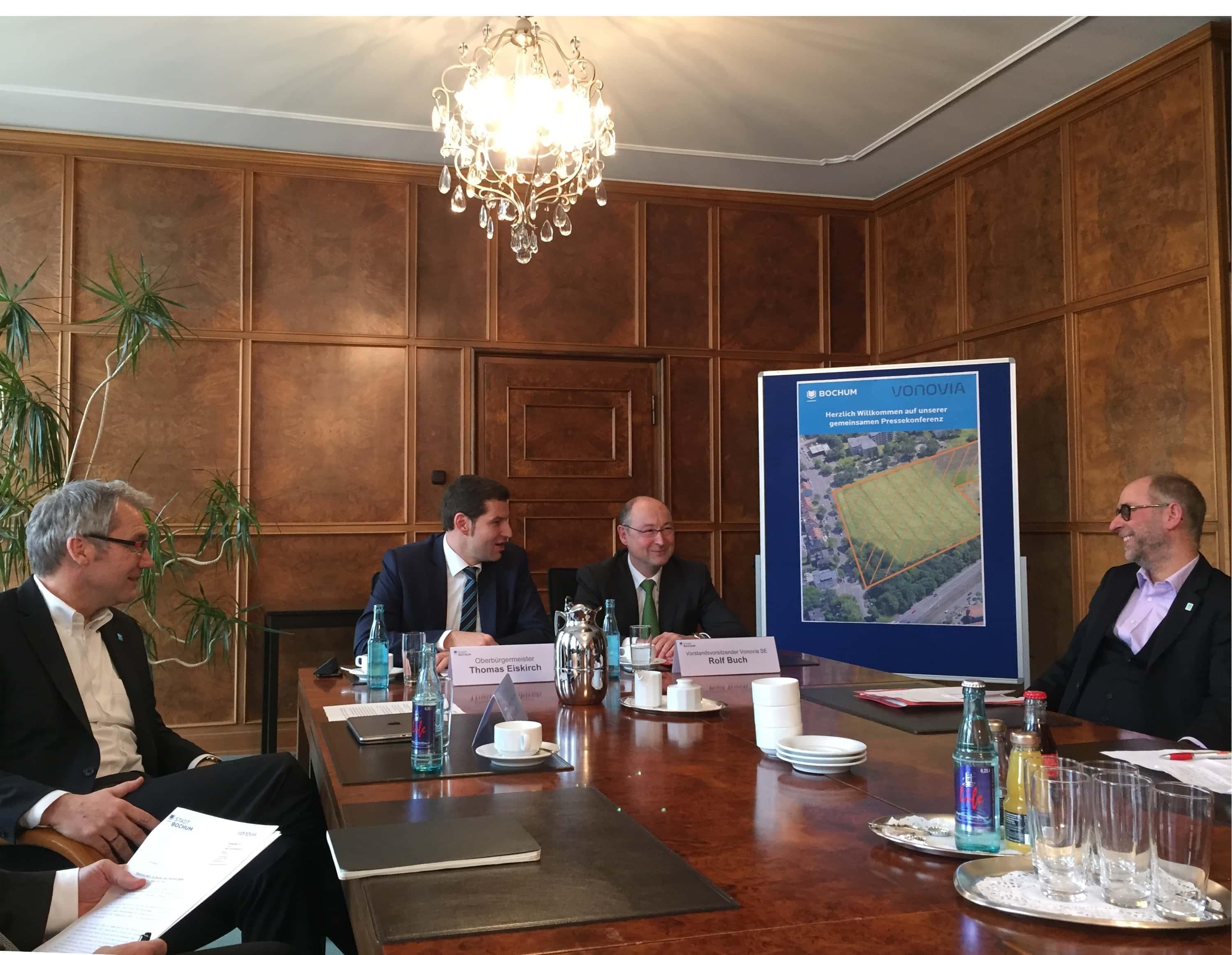 Pressekonferenz der Stadt Bochum zusammen mit Vonovia (Dezember 2015)