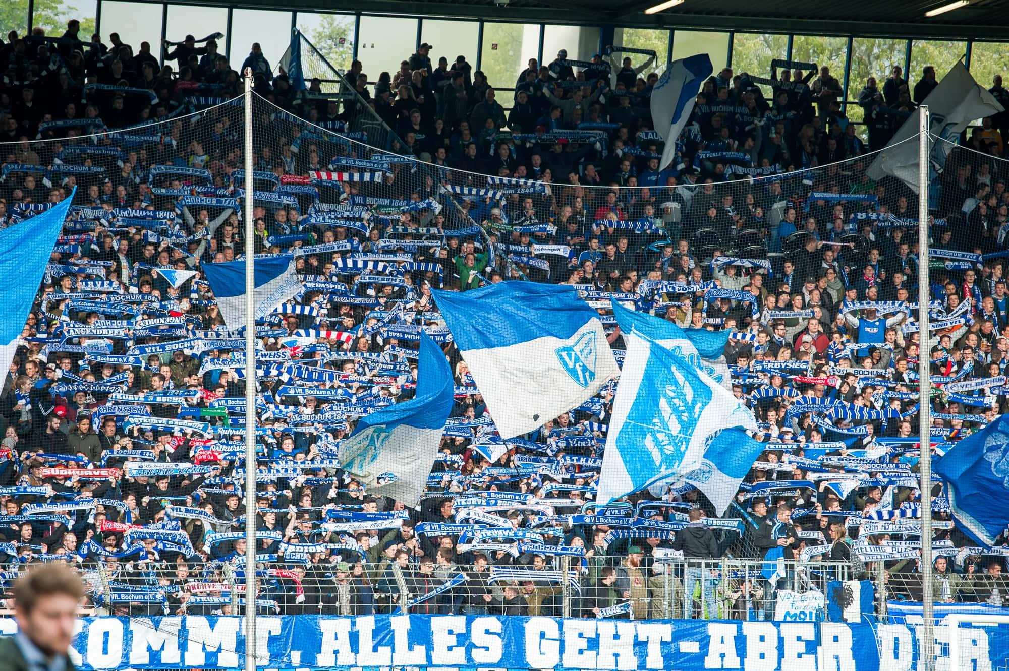 VfL Bochum: Fans im Ruhrstadion