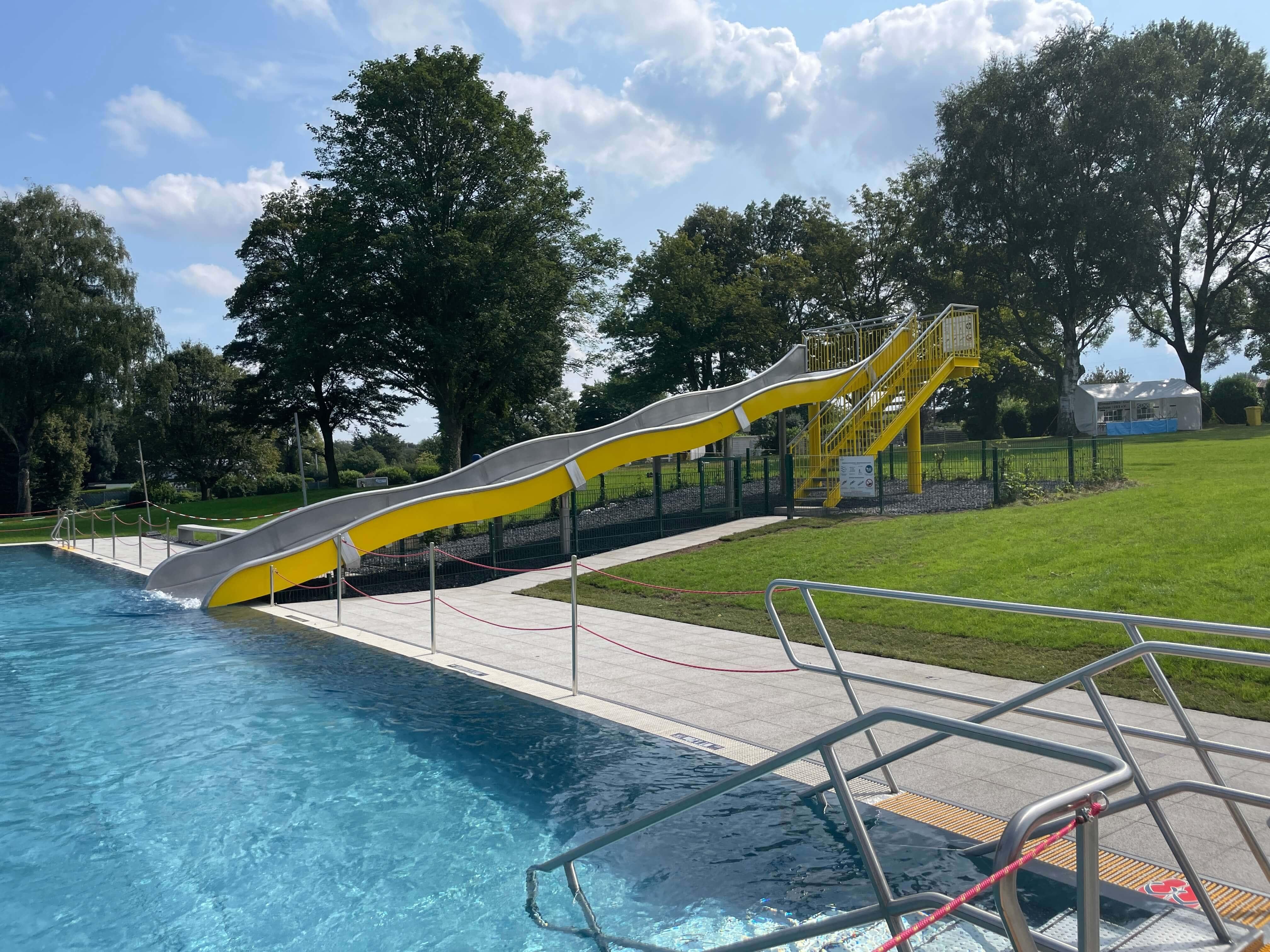 Freibad Werne (WasserWelten Bochum): Wasserrutsche