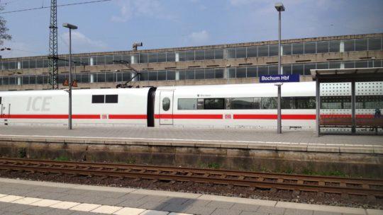 ICE Bochum am Hauptbahnhof Bochum